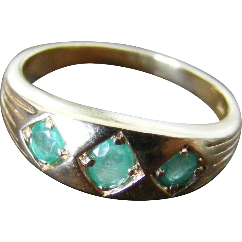 Vintage Mid Century Natural Emerald Ring