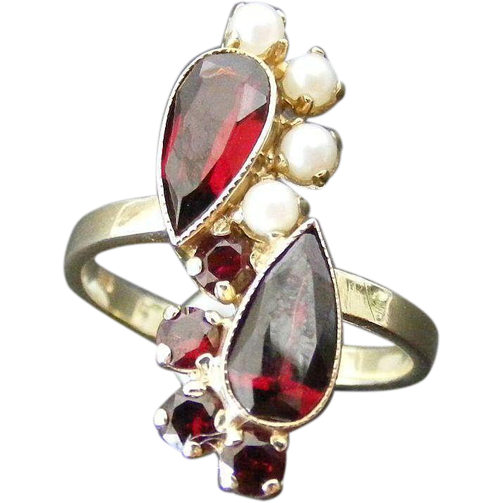 Mid Century Garnet and Pearls Cross Over Ring, 14 k Gold