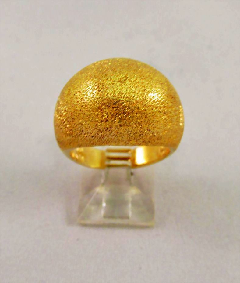 Estate Ladies Gold Dome Ring