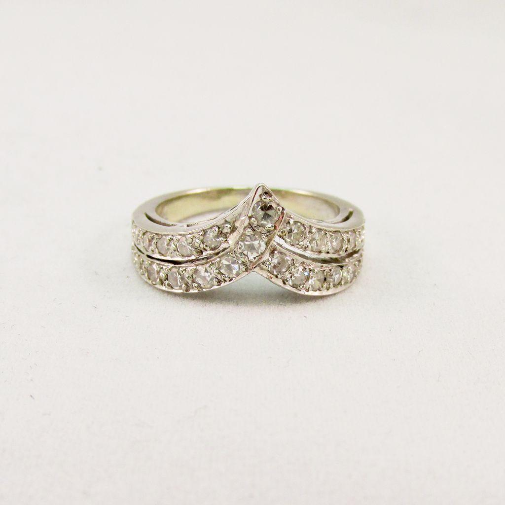 14 Karat White Gold Diamond Double Row RIng