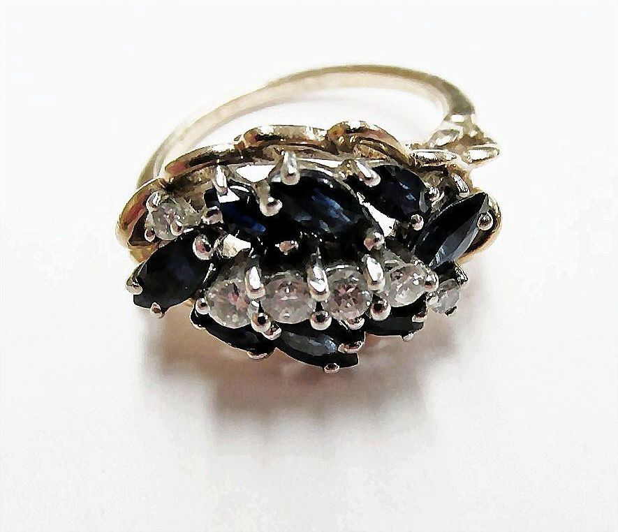 Ladies Fine Quality Estate Sapphire and Diamond Ring