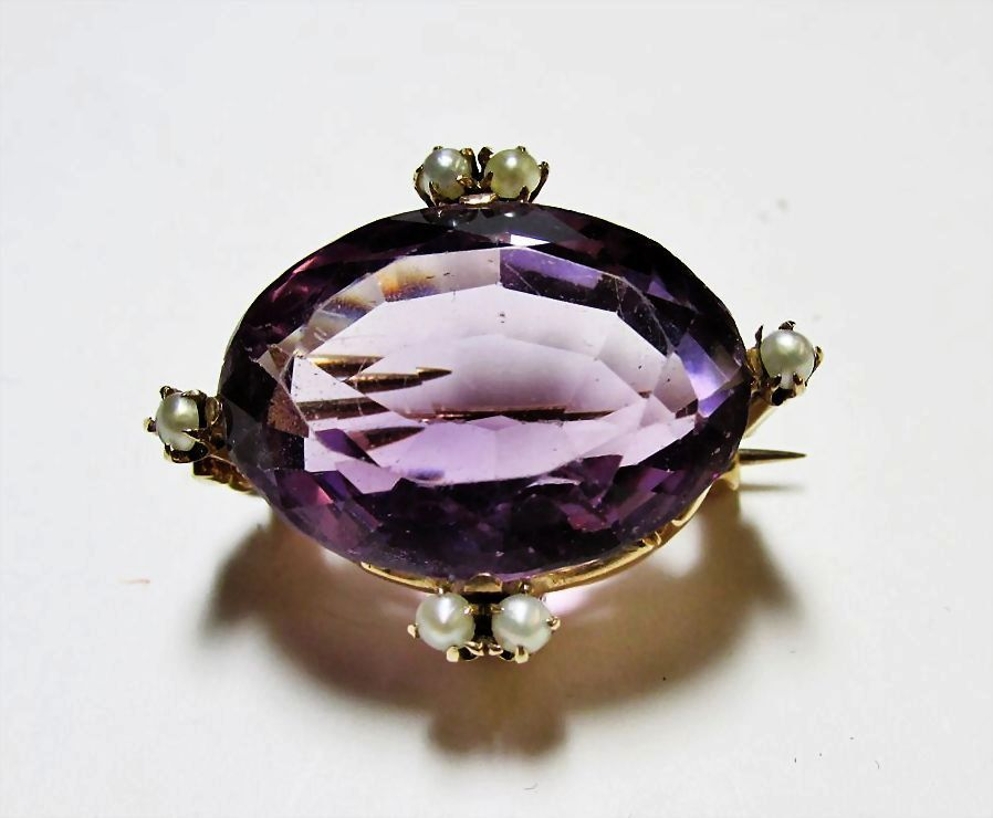 Vintage Amethyst and Pearl Gold Pin/Pendant