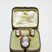 Onyx Sardonyx Cameo Brooch and Earring Set