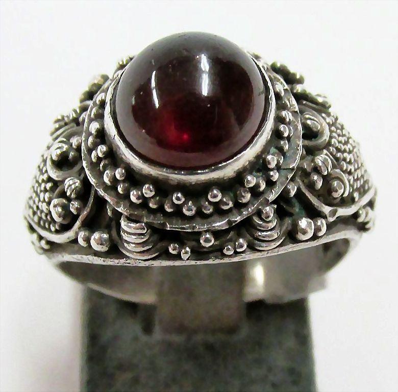 Ladies Estate Ornate Garnet Ring