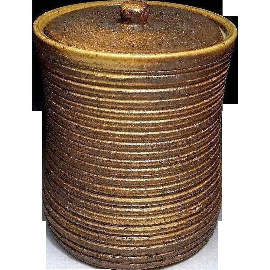 Japanese Kyoto Pottery 京焼き Golden Brown Mizusashi Container by Famous First Class Potter Yutaka Yamazaki 豊山崎