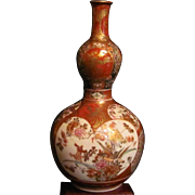 Japanese Antique Gourd Shaped Kutani Porcelain Sake Bottle or Vase