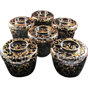 Japanese Antique Set Iro-urushi 色漆 Lacquerware Six Bowls with a Gold Maki-e Arabesque Design
