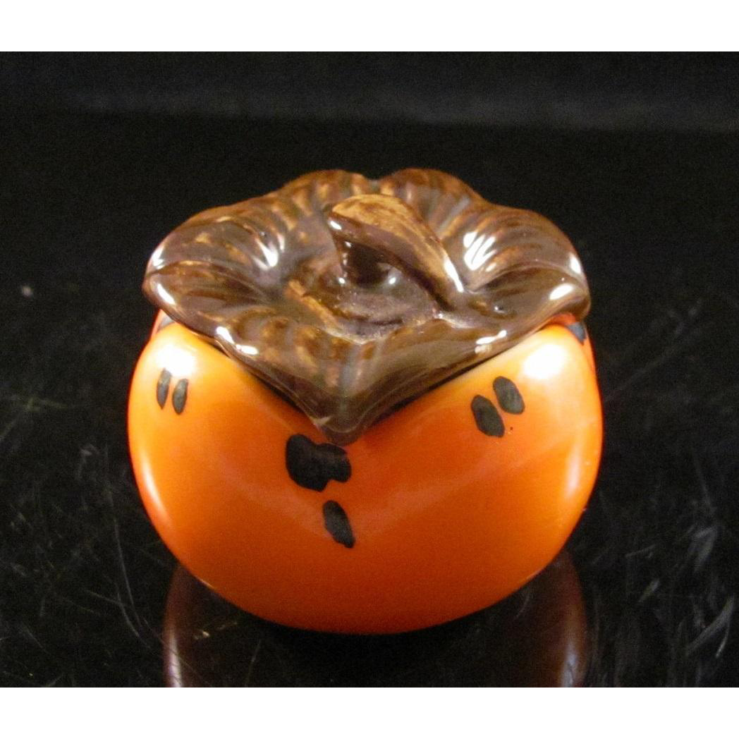 Japanese Contemporary Kutani 九谷焼 Porcelain Kogo of a Persimmon or 柿 Kaki