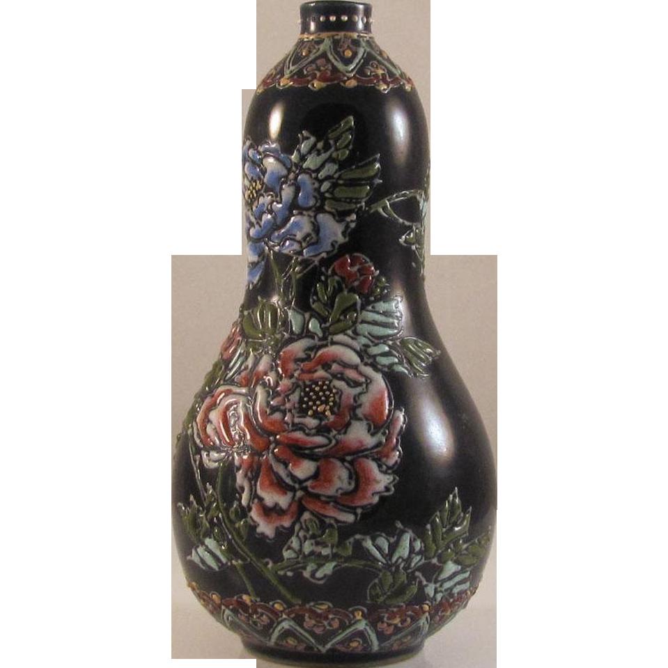 Japanese Antique Rare Tanzan Studios Miniature Black Gourd Vase by Greatest Meiji Era Artist Tanzan Seikai 談山西海