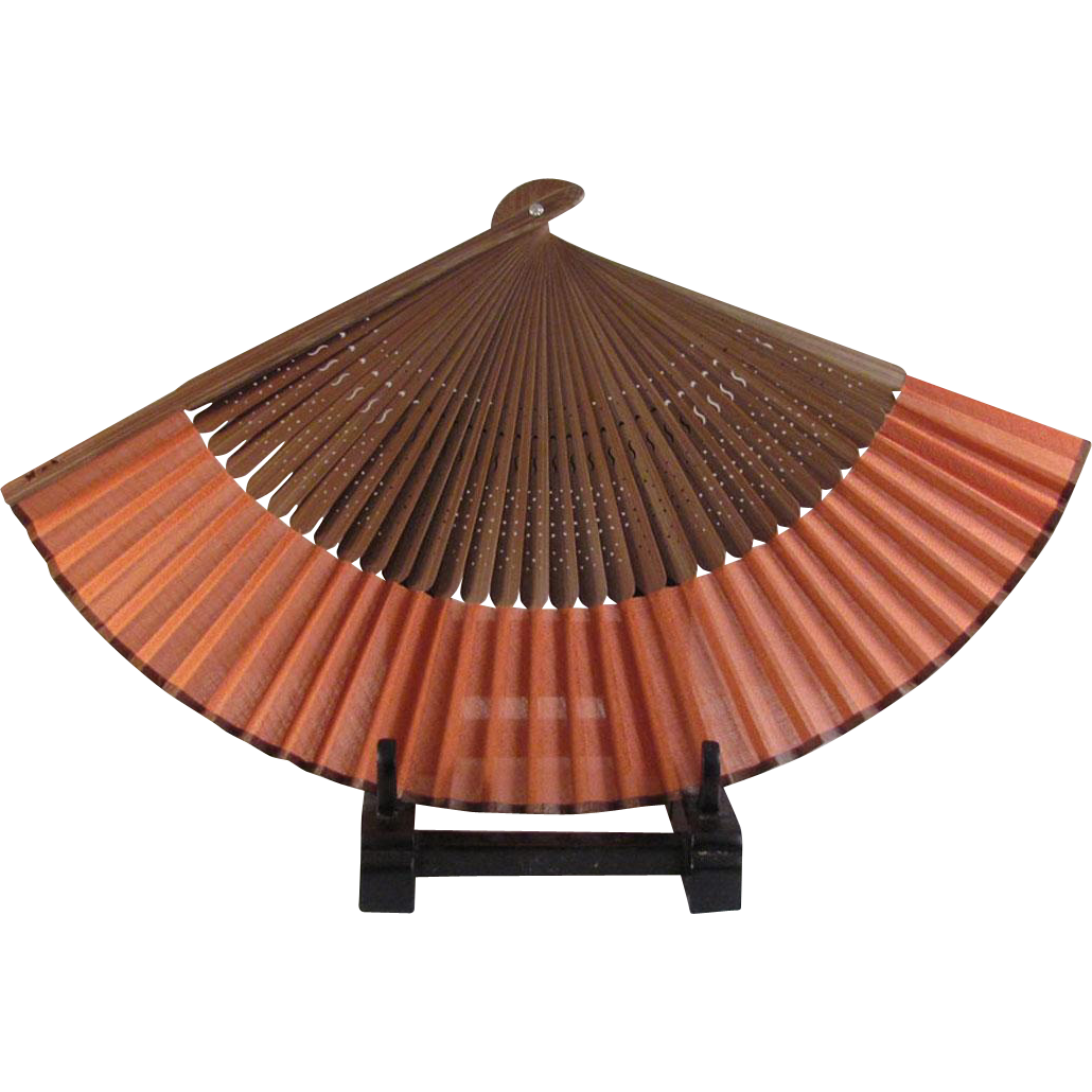 Japanese Vintage Coral or Peach Colored Silk and Bamboo Sensu or Hand Fan