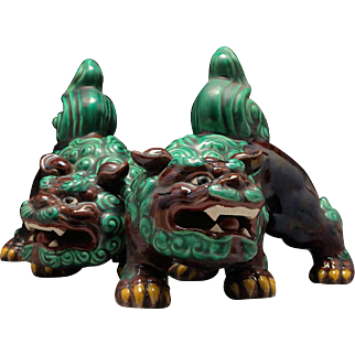 Kutani Porcelain Pair of Shishi Lions By Famous Contemporary Potter Kitamura Takashi 北村隆