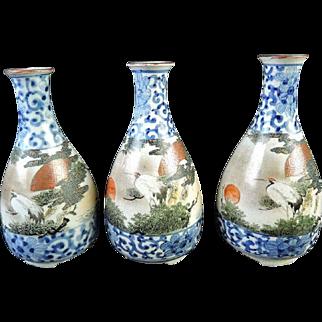 Japanese Meiji Antique Kutani-yaki 九谷焼 Porcelain Tokkuri or Sake Bottle with Crane Motif 1-3