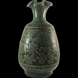 Chinese Antique Yuezhou Porcelain Celadon Glazed Vase