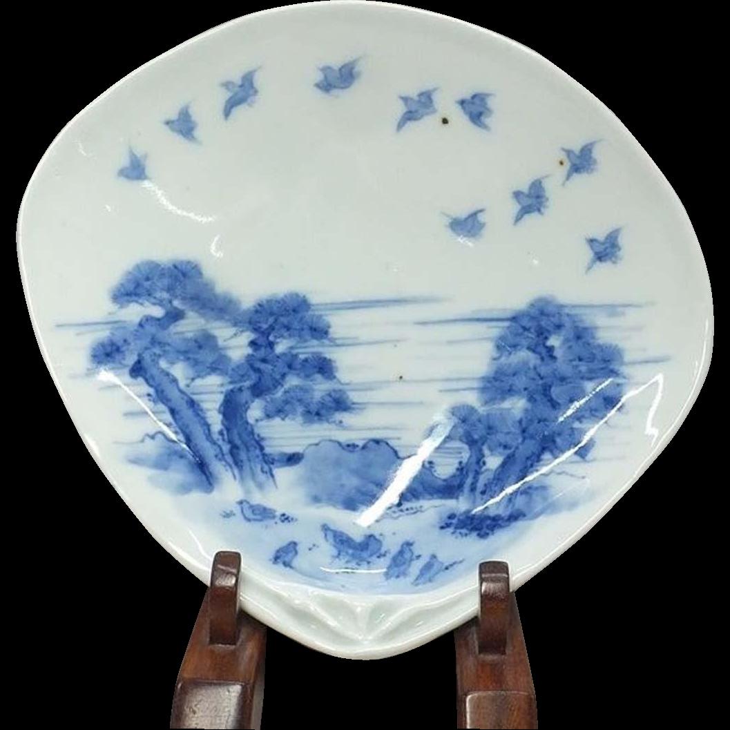 Japanese Antique Hirado 平戸 Sometsuke Porcelain Dish