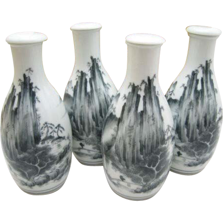 Japanese Vintage Arita Mikawachi Hirado Porcelain Tokkuri- Bottle Set by Kasho Hirado
