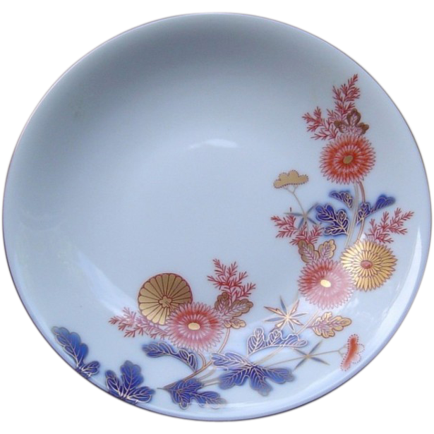 Japanese Vintage Porcelain Dish with Chrysanthemum by Famous Fukagawa 深川