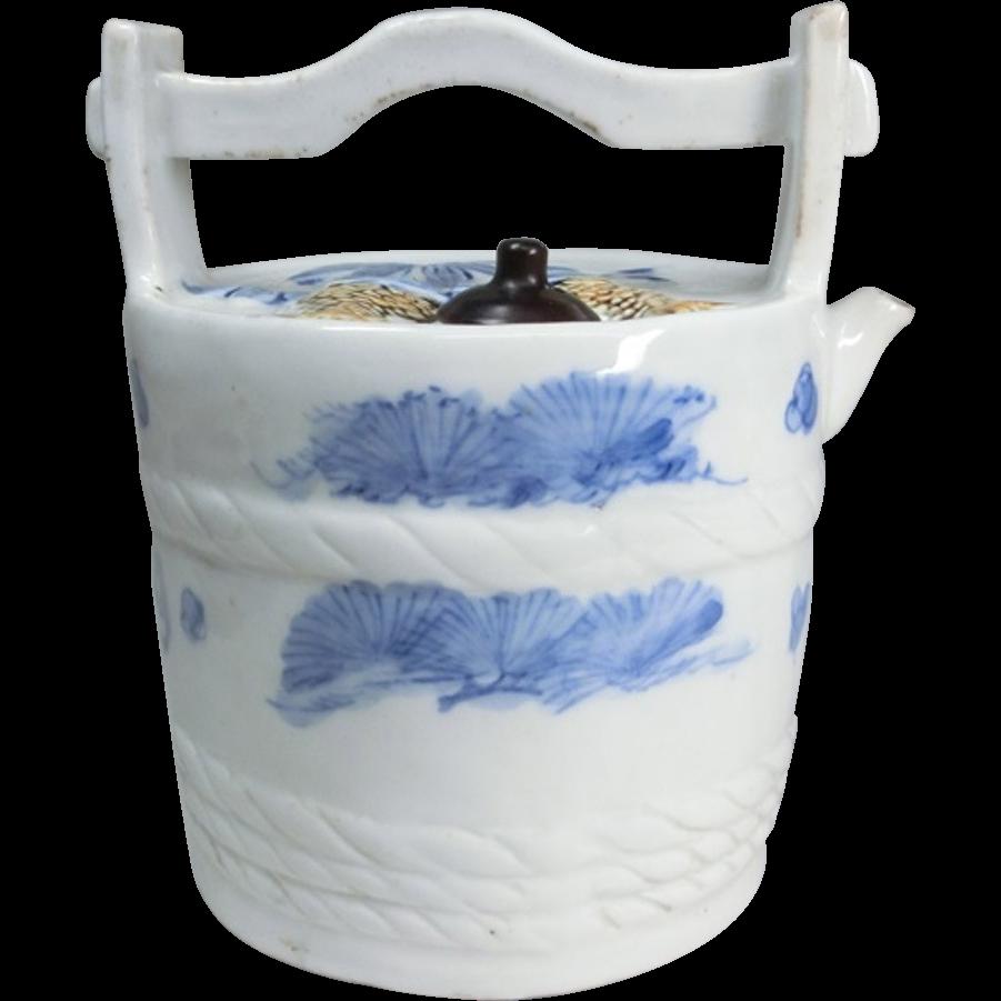 Japanese Antique Arita Mikawachi Hirado 平戸 Porcelain Mizu baketsu or Water Pail