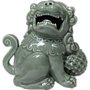 Japanese Antique Seiji 青磁 Celadon Nabeshima 鍋島 Okimono of a Shishi Lion