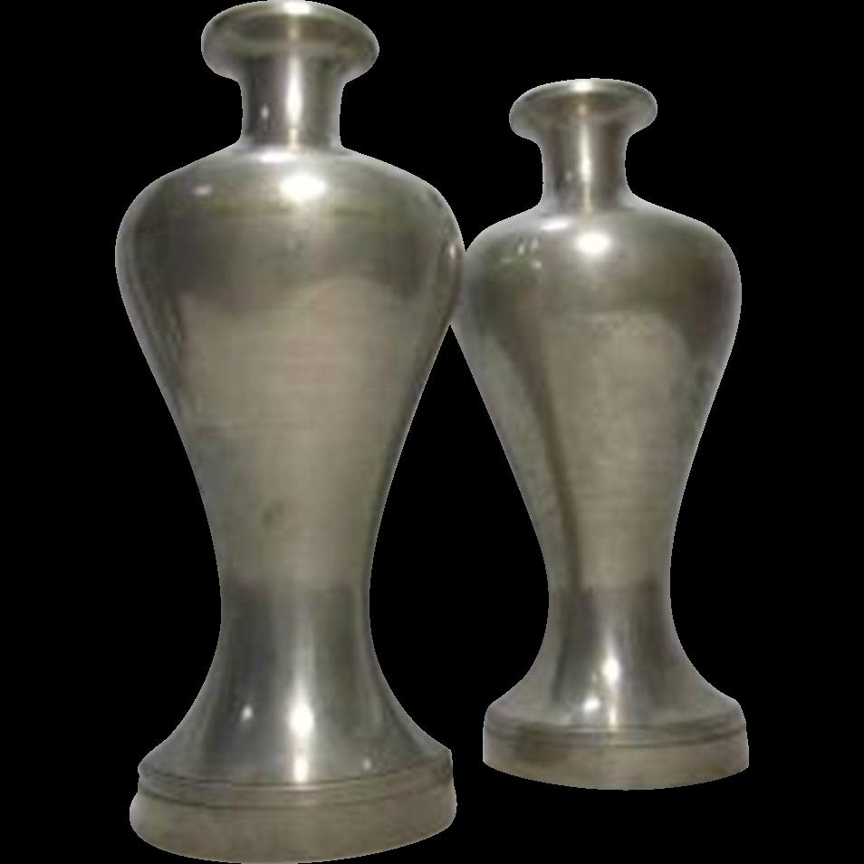 Japanese Vintage Pair of Heishi Suzuhan's Pewter and Tin Tokkuri or Sake Bottles