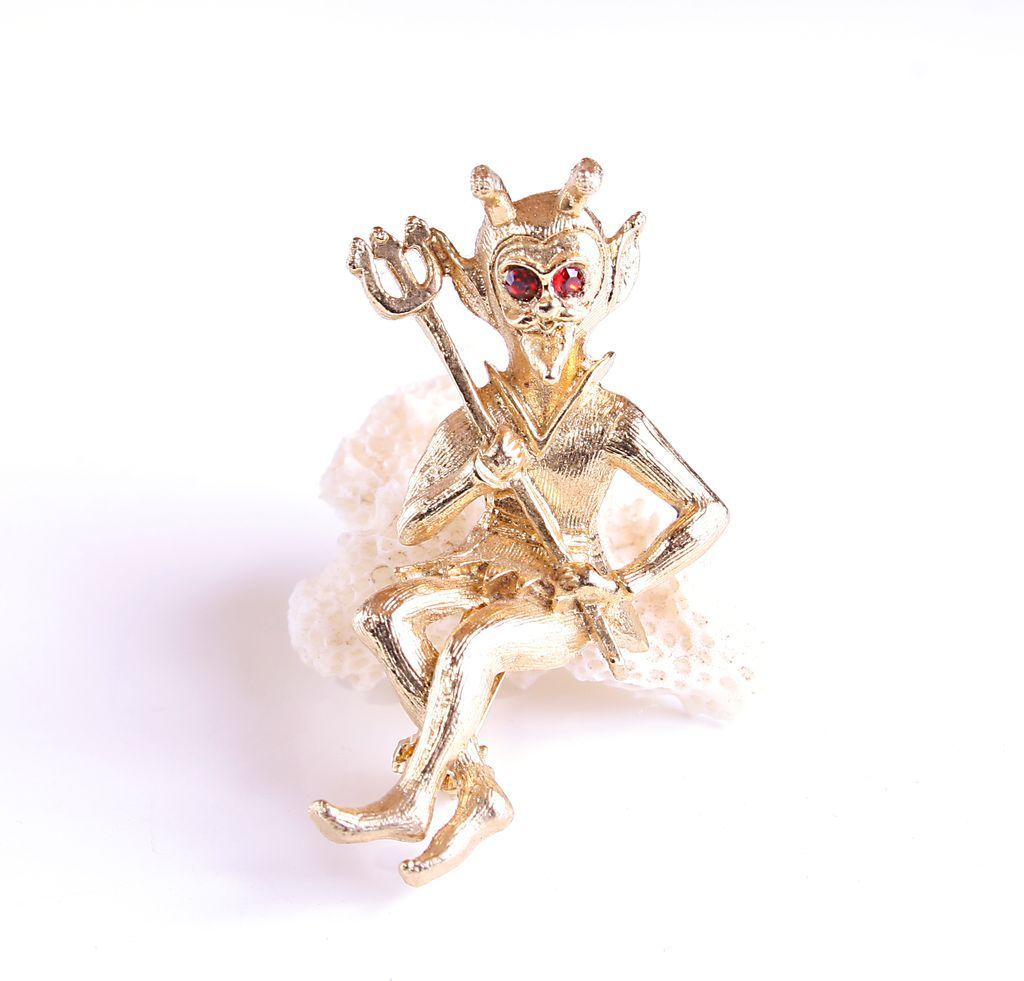 Ultra Craft Devil Brooch Pin Gold Tone Vintage