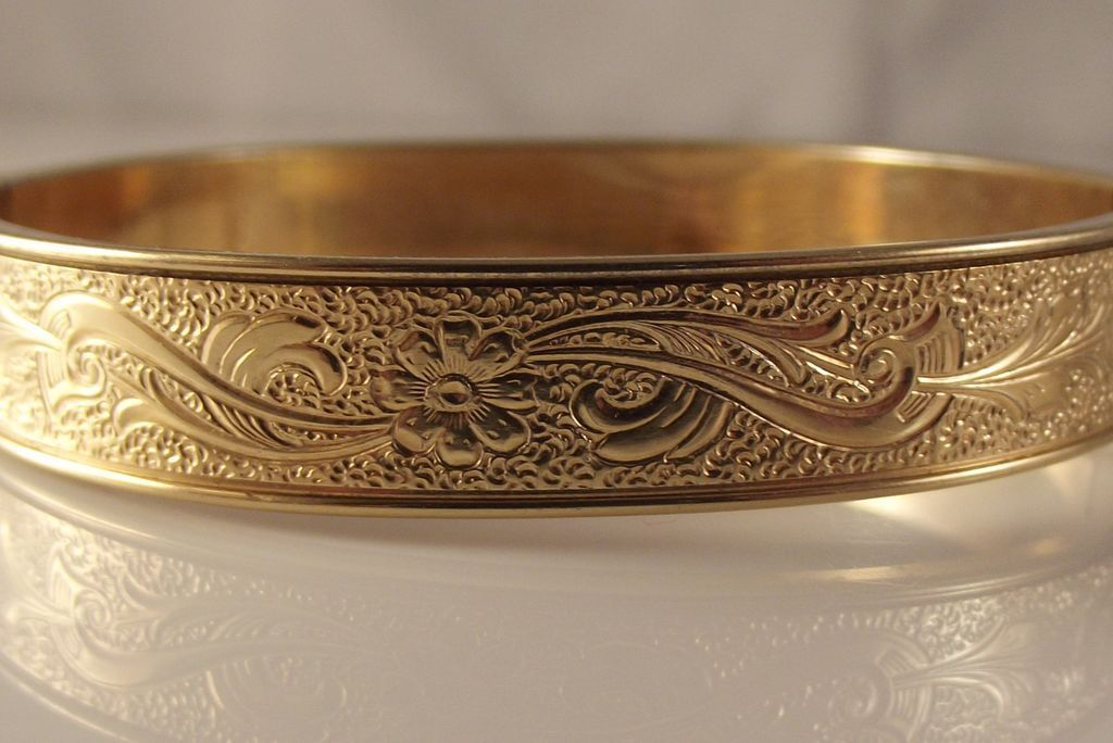 60 Off Krementz Victorian Gf Hinged Bangle Bracelet From