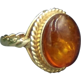 Vintage Baltic Amber 14K Gold Ring