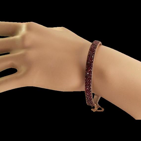 50% OFF True Bohemian Rose Cut Garnet Signed Hinged Bangle Bracelet