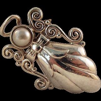 60% OFF Vintage Sterling silver Angel Pearl Pendant/Brooch