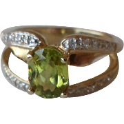 25% OFF Laura Ramsey 14K Peridot Diamond Ring