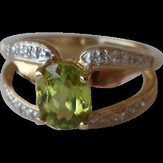 25% OFF Laura Ramsey 14K Peridot Diamond Ring