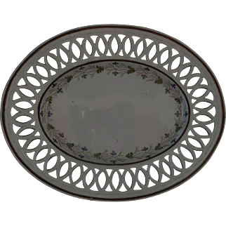 Georgian Staffordshire Pearlware Pottery Reticulated Oval Tureen Stand circa 1780