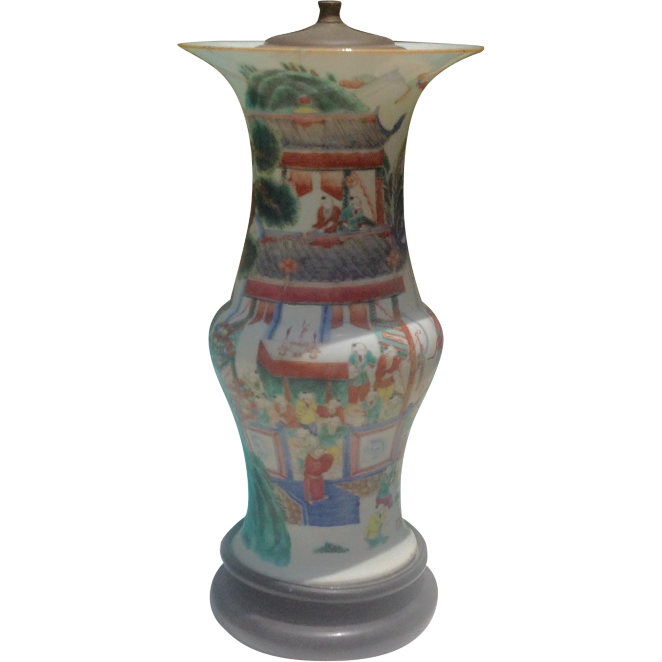 19th Cent. Chinese porcelain lamp