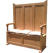 18th c. British Settle Bench
