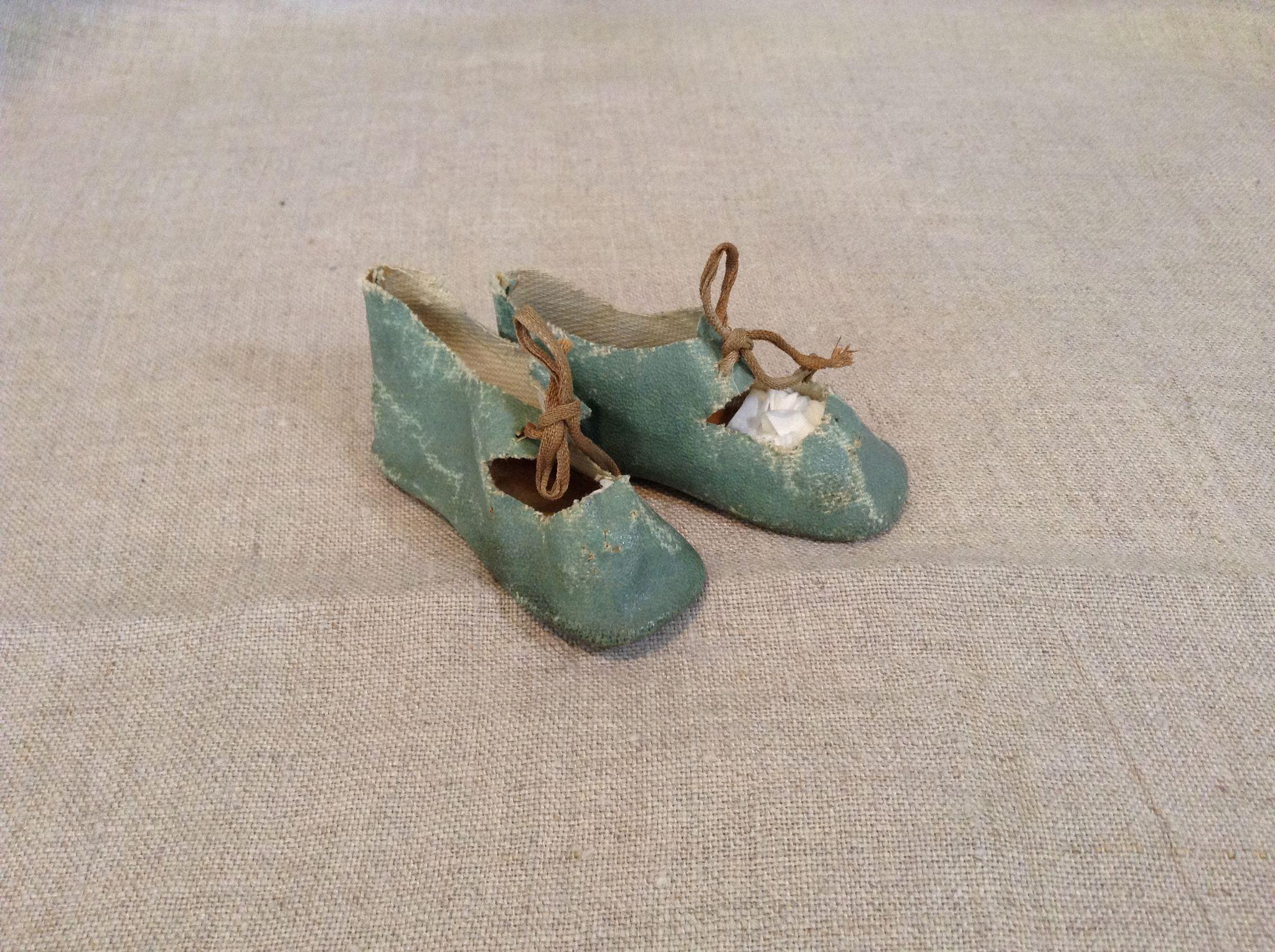 Antique German Aqua Doll Shoes