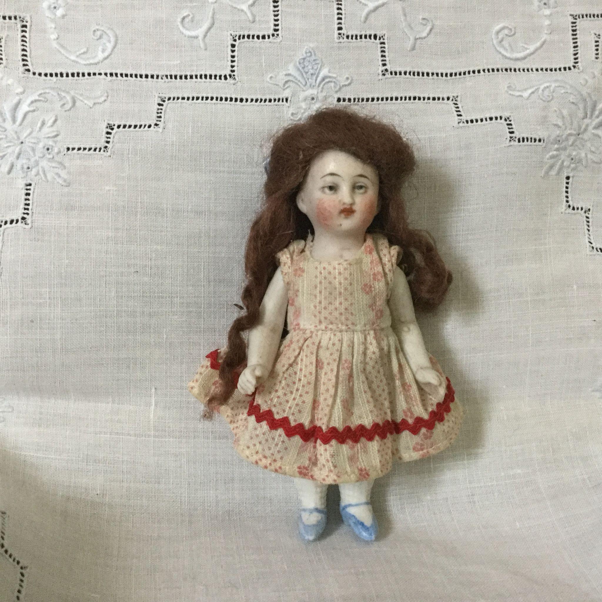 """For K-4"""" German Doll House Little Sister"""