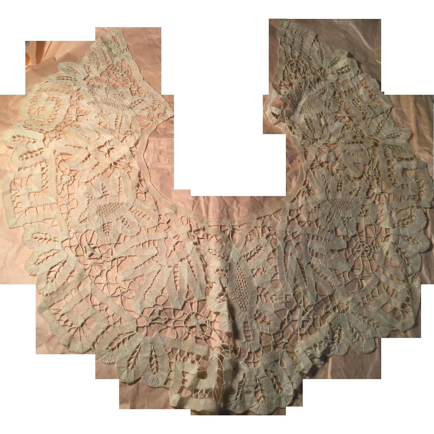 C.1900 Beautifully Handmade Lace Collar