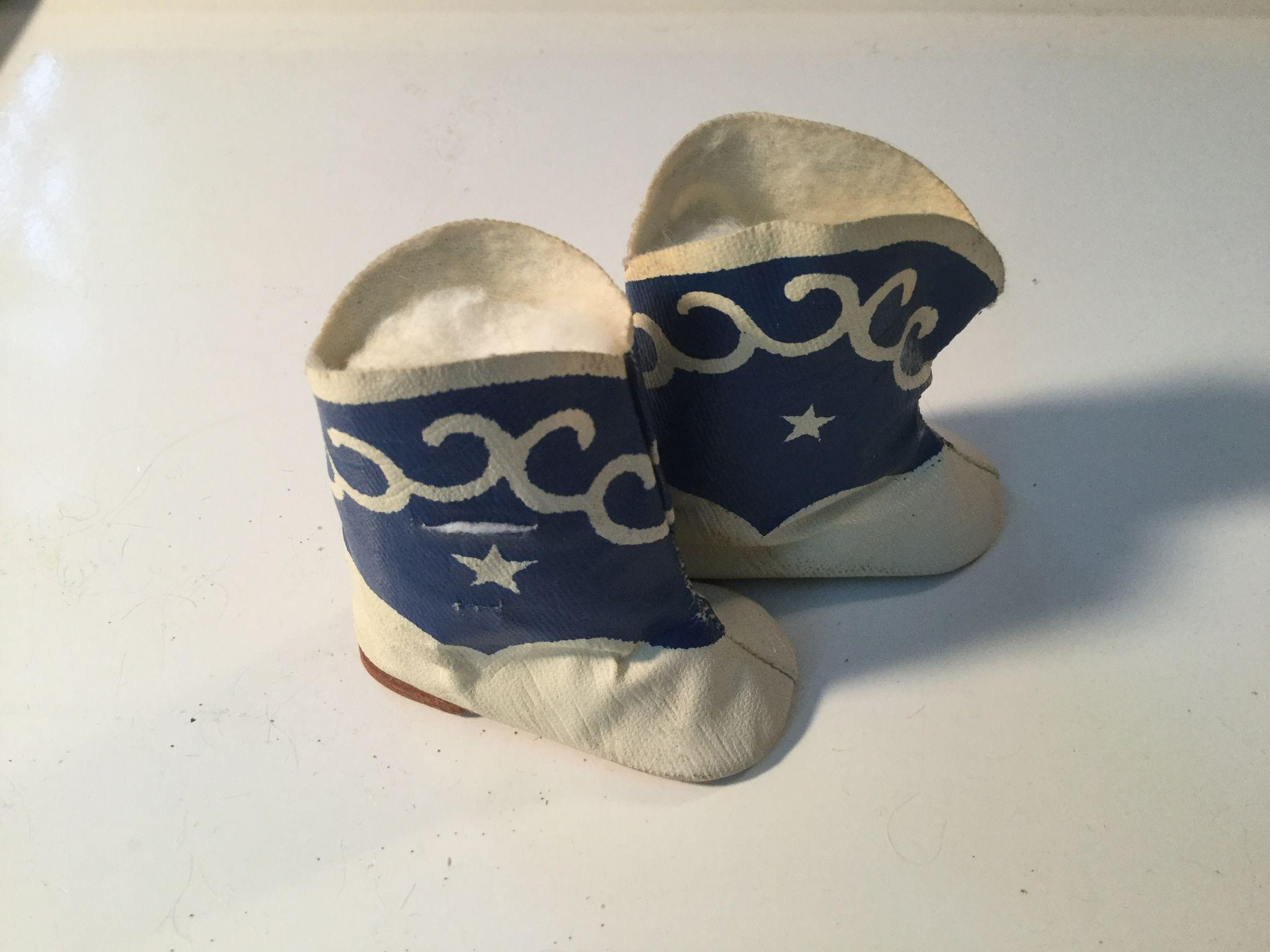 Great Oil Cloth Cow Girl Boots