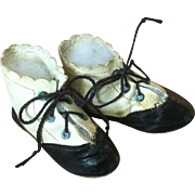 C.1900 Two Toned German Doll Shoes