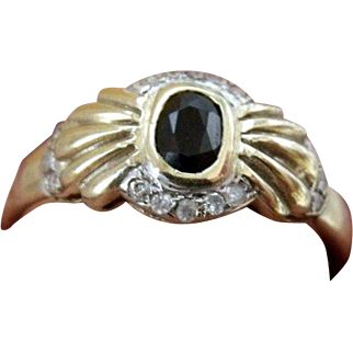 Beautiful Retro-Vintag English Hallmarked 9 K gold & Natural 0.52 carat  blue Sapphire and Diamonds ring with written appraisal