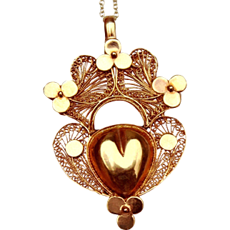 Rare & Fabulous Antique 18 Th Century , Georgian period French 18 K Gold filigree Sacred Heart Hinged Locket Pendant