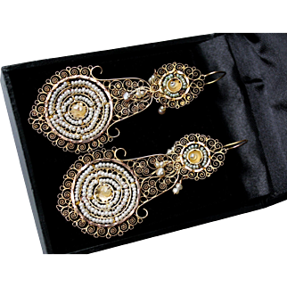 Spectacular Rare Very Large Antique 18 Th Century Circa 1790, Georgian period, Italian 22 K Gold Natural Pearl Day to Night Dangling Earrings