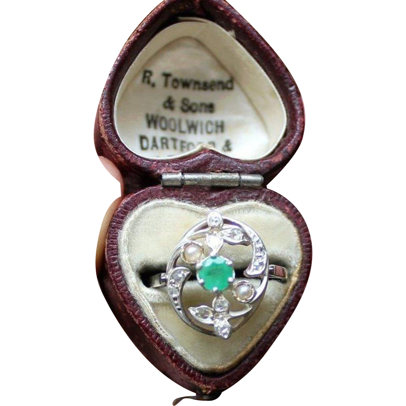 Beautiful Ornate Antique French Platinum Hallmarked , Circa 1900 Natural Emerald Diamonds & Pearl Ring