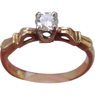 Beautiful Vintage 14 K Yellow Gold Diamond Solitaire Engagement Ring singed BWH