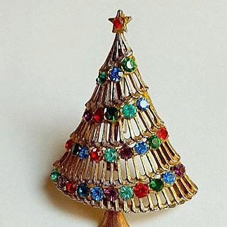 Signed JJ Rhinestone Christmas Tree Pin Brooch ~ Collectors BOOKPIECE