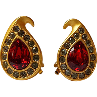 Vintage Napier Earrings Ruby Red Pear Gold~Plate Swarovski Rhinestone Clips GORGEOUS !