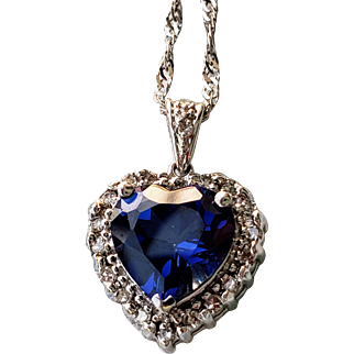 14K Vintage Blue Sapphire Heart Natural Diamond Halo Pendant Necklace