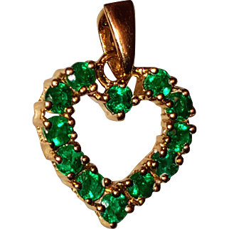 Small 14K Natural Emerald Heart Pendant for Necklace