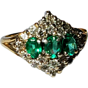 Vintage 14K Natural Emerald and Diamond Petite Ring 4 3/4