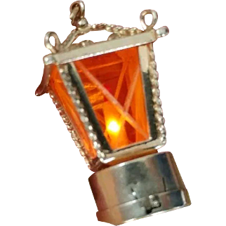 Vintage 14K Gold Lantern Light Up 3D Pendant Charm with Candle for Necklace