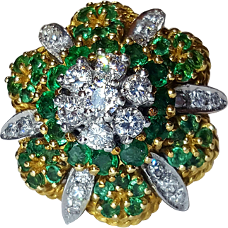 Stunning 18K Emerald & Diamond 4.79tcw Cluster Cocktail Ring 8